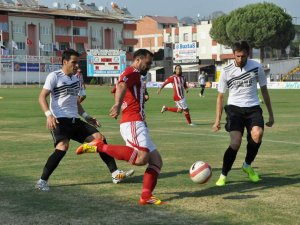 Nazilli Belediyespor galibiyetle başladı:3-0