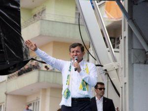 """Başbakan Davutoğlu: """"Al Bayrağımız Tevhidin Sembolü"""""""
