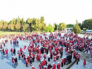 Öğrenciler Çanakkale'de Şehitlikleri Gezdi