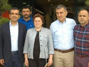 AK Parti'nin Adayları Müteahhitler İle Buluştu