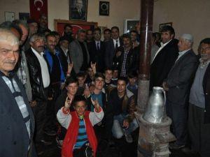 MHP Adayları Muhtarlarla Bir Araya Geldi