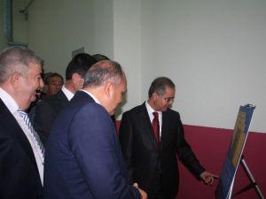 """""""Vakıf Ve Sanat"""" Konulu Fotoğraf Sergisi Açıldı"""