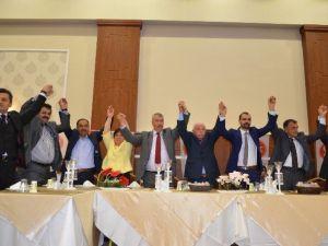 MHP, Birlik Yemeğinde Gövde Gösterisi Yaptı