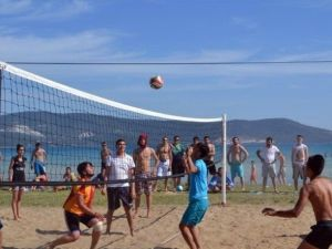 Didim'de Yapılan 4. Plaj Şenliği Yine Renkli Görüntülere Sahne Oldu