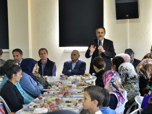 Başkan Ataç, Çukurhisar'da Mahalle Sakinleri İle Buluştu