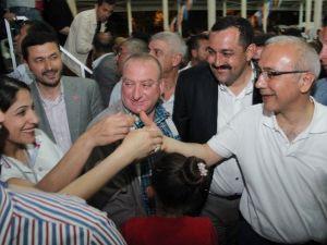 """Lütfi Elvan: """"Türkiye'nin Önünü Kesemeyecekler"""""""