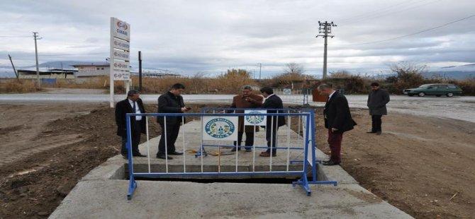 Nazilli Belediyesi kurutmaları temizliyor